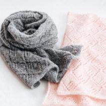 透かし編みのショール