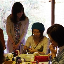 笹谷史子さんと編む、ことり柄の麻糸ポシェットレポート