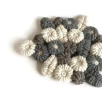 コイル編みのポットマット