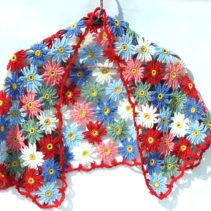 花モチーフつなぎの台形ショール